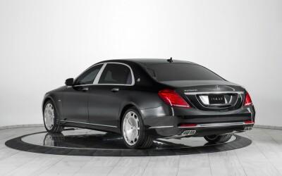 Mercedes-ul de 500.000 de dolari cu care poti pleca la razboi. Cum arata la interior limuzina imbracata in blindaj si echipata cu tun de FUM