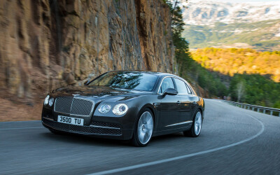 "Bentley se dezice de ""Continental""! Flying Spur 2014 face zero compromisuri."