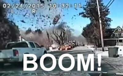 Momentul in care o casa explodeaza, surprins de camera de pe bordul unei masini. VIDEO