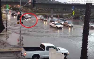 Ce se intampla cand treci cu un Lamborghini de 200.000 printr-o inundatie de un metru | VIDEO