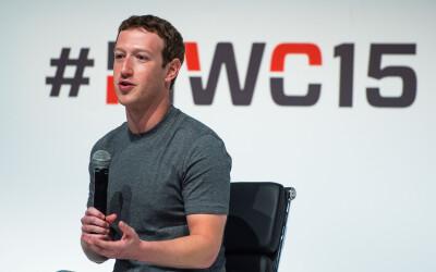 Decizii, decizii :) Cum arata dulapul de haine al omului cu o avere de 46 miliarde de dolari: Oare cu ce sa ma imbrac?