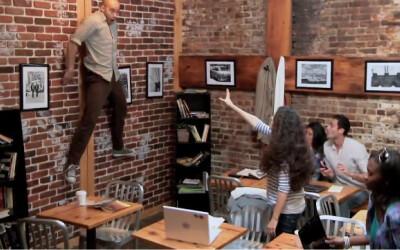 Au intrat sa-si cumpere o cafea: Ce a urmat dupa este de fapt cea mai tare farsa pe care ai putut s-o vezi pana acum: VIDEO