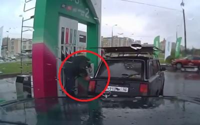 Dupa ce o sa vezi asta nu o sa mai lasi pe nimeni sa-ti alimenteze masina la pompa: Uite ce face angajatul acestei benzinarii: VIDEO