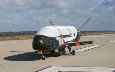 Un avion spatial misterios va ajunge in curand pe Terra! VIDEO