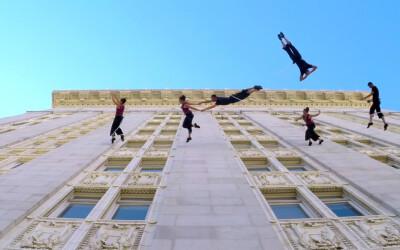 Au dansat pe peretele unei primarii din SUA: Totul a fost filmat cu camere GoPro! VIDEO