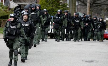 Trei politisti impuscati mortal, de un tanar inarmat pana in dinti!