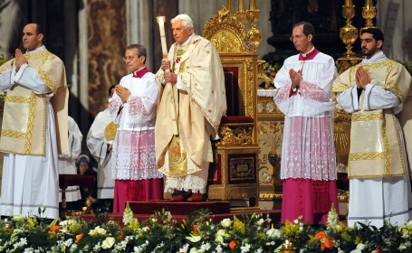 Hristos a Inviat pentru catolici si protestanti!