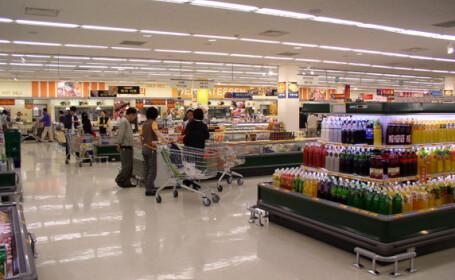 Programul hypermarket-urilor, de Paste