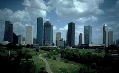 Orasul Houston, sub asediul apelor!
