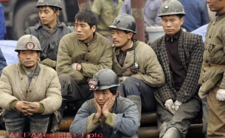mineri chinezi