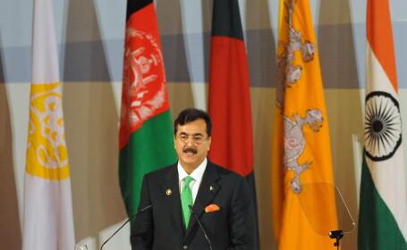 Arta coruptiei in Pakistan. Premierul, condamnat simbolic pentru ca nu-l cerceteaza pe presedinte
