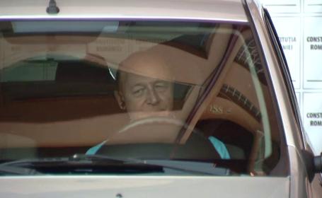 Filmul accidentului auto in care a fost implicat presedintele Traian Basescu pe DN1