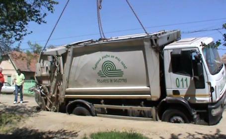 masina de gunoi, groapa