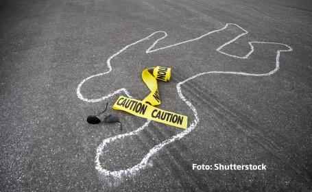 sinucidere contur silueta pe asfalt