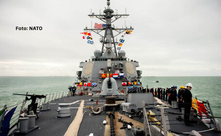 Romania va trimite trupe in Ucraina. Exercitii NATO in apropierea fortelor rusesti din Crimeea