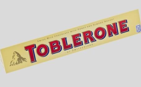 "Un barbat a vrut sa deturneze un avion spre Olimpiada de la Soci, ""inarmat"" cu un baton de Toblerone"