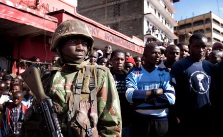 Cinci persoane au fost arestate in legatura cu atacul terorist din Kenya, soldat cu 147 de morti si 104 raniti