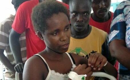 S-a uns pe fata cu sangele unui prieten si s-a prefacut moarta. Povestile supravietuitorilor masacrului din Kenya