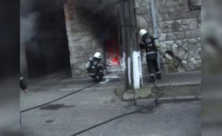 Panica la Spitalul de Psihiatrie din Satu Mare, dupa ce un pacient a provocat un incendiu. Bolnavii au fost evacuati