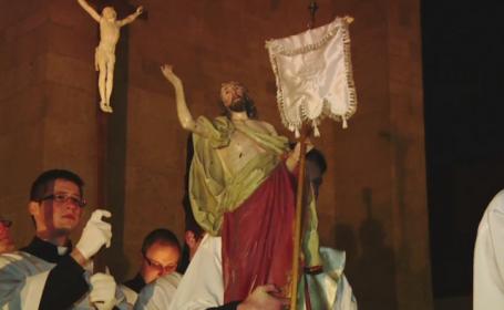 Catolicii din Romania sarbatoresc Pastele. 1,5 milioane de credinciosi si-au spus \