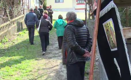 Un batran de 75 de ani din Dambovita a fost ucis cu o cruzime greu de imaginat. Suspectul ar fi copilul nelegitim al victimei
