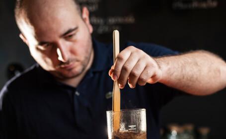 Antreprenorii care vor sa schimbe gustul cafelei din Bucuresti. Povesti fara zahar si fum din \