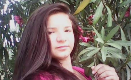 O eleva de clasa a 9-a din Botosani, gasita moarta in apartamentul pe care il impartea cu un coleg. Ipoteza politistilor