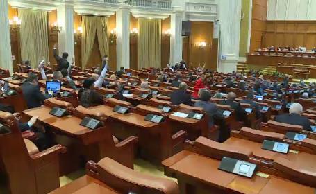 Motiunea prin care se cerea demiterea Ralucai Pruna, esuata in Parlament. Cati deputati au votat impotriva