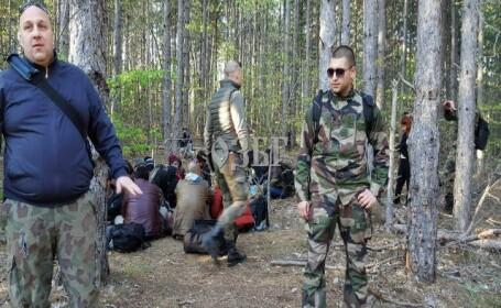 Migranti legati la maini de militiile civile bulgare, la granita cu Turcia. Imaginile care au revoltat ONG-urile. VIDEO