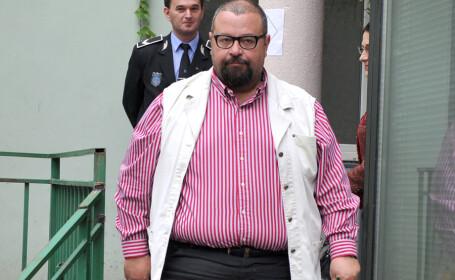 Cristian Popescu Piedone si-a depus dosarul de candidatura la Biroul Electoral de Circumscriptie al Sectorului 4, pentru un nou mandat