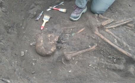Trei morminte vechi de 5.000 de ani au fost gasite in Prahova. Ce s-a descoperit in ele