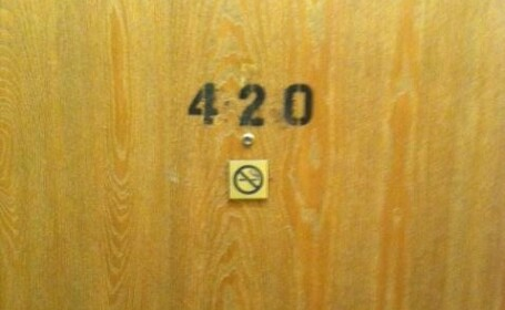 camera 420