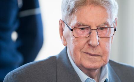 Fost gardian de la Auschwitz, judecat pentru complicitate la 170.000 de crime. Barbatul si-a cerut scuze in instanta