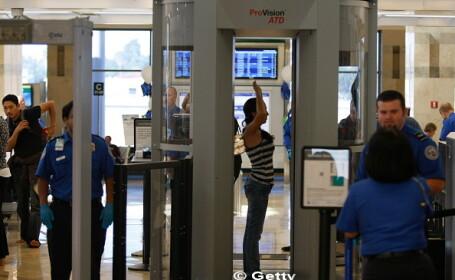 CNN: Teroristii au noi metode pentru a urca in avion cu bombe in laptopuri. Cum ar putea pacali scannerele de pe aeroport