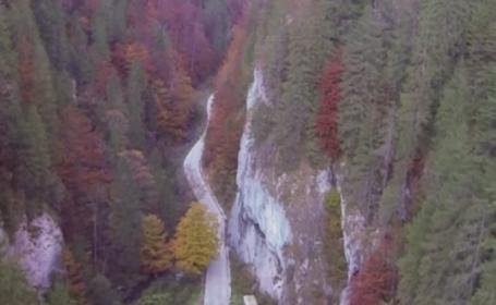 Un drum de 37 de km a crescut turismul la Ghetarul de la Scarisoara. Cat costa o noapte de cazare in zona Garda