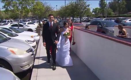 Locul neobisnuit in care si-au facut nunta doi tineri din Los Angeles. \