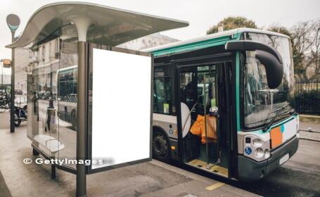 Adolescent batut cu bestialitate intr-o statie de autobuz din Londra