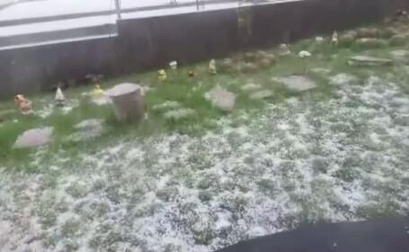 Vreme extrema, in zona Clujului. Dupa un inceput de zi cu soare si cer senin, in comuna Chinteni a batut grindina