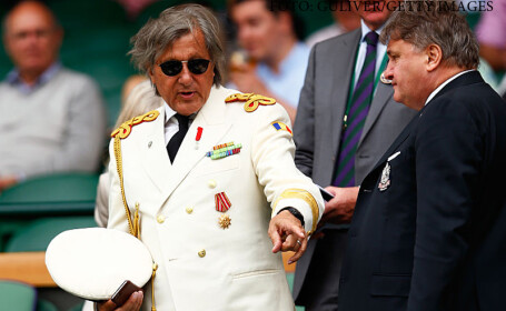 Ilie Nastase in uniforma alba la Wimbledon 2015