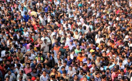 Un anunţ de angajare în India a atras 25 de milioane de aplicanţi