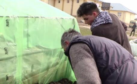 Elevii români au șansa să învețe agricultură de la portughezi. Unii au fost fascinați de tehnologia lor