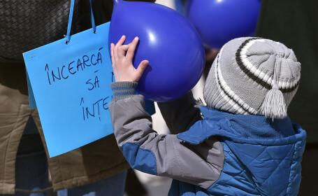 Manifestări de Ziua Internaţională pentru Conştientizarea Autismului, în România