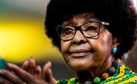 Winnie Mandela, fosta soție a președintelui Nelson Mandela, a murit la vârsta de 81 de ani