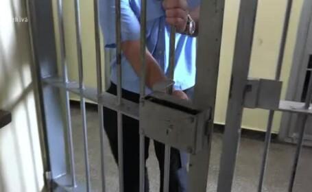 Pedepsele sub 5 ani ar putea fi executate acasă sau în week-end. \
