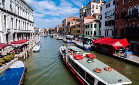 Experiment în Veneția: vapoarele vor funcționa cu ulei pentru gătit