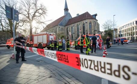 3 morți și 30 de răniți, după ce o dubiță a intrat în pietoni, în orașul german Munster. Șoferul ar fi avut probleme psihice