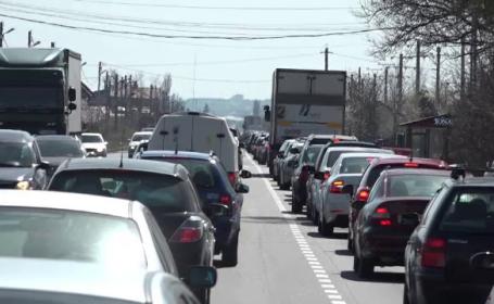 Trafic intens pe Valea Prahovei. Recomandările făcute de polițiștii rutieri