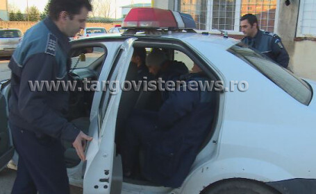 Un bărbat din Dâmboviţa i-a furat maşina din curte vecinului şi s-a plimbat cu ea toată noaptea