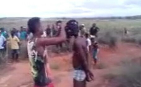 Barbat linsat in Madagascar