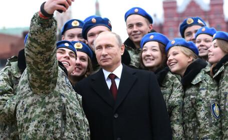 """Rusia cheamă acasă zeci de mii de studenți din Marea Britanie și """"țări neprietenoase"""""""